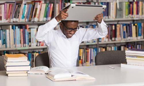 9 Dissertation Disasters Students Need to Be Aware Of!